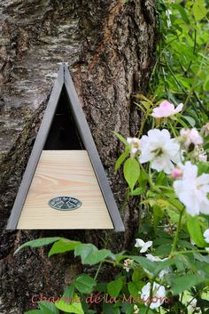 Nistkasten für Zaunkönige ♥ http://www.charmedelamaison.de/Gartendekoration/