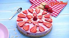 Tort Ramona cu capsuni fara coacere Kiwi, Camembert Cheese, Biscuit, Cheesecake, Dairy, Sweets, Desserts, Food, Pies