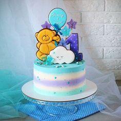Милый тортик на первый день рождения  Внутри кокосово-миндальный, 2,5 кг
