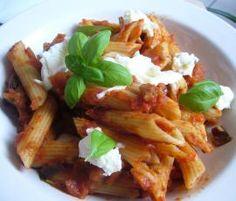 Rezept Penne mit mediterraner Tomatensauce von Paulila - Rezept der Kategorie Hauptgerichte mit Gemüse