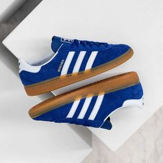 Release Date : October 17, 2020 Adidas München Blue / White / Gum Credit : Asphaltgold — #adidas #munchen #sneakerhead #sneakersaddict #sneakers #kicks #footwear #shoes #fashion #style Latest Sneakers, Adidas, Blue And White, Heeled Boots