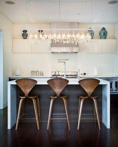 Mooie barkrukken bij open keuken