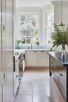 A refined colour palette and restored features align in this Georgian home. Rustic Kitchen, Kitchen Dining, Kitchen Decor, Kitchen Layout, Kitchen Ideas, Interior Garden, Kitchen Interior, Interior Design, Georgian Homes