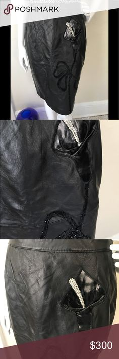 1456b1860f2514 Valentino Boutique Black Leather Skirt Size EU 46 Valentino. Boutique black  leather pencil skirt Very