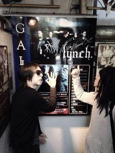 Hazuki and Akinori