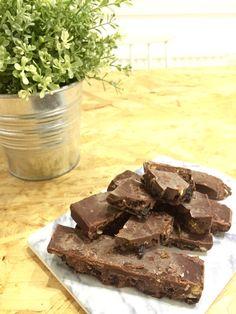ELLIGROMOV: JOULUINEN RAAKASUKLAA Weightlifting, Candies, Crossfit, Chocolate, Baking, Desserts, Recipes, Food, Deserts