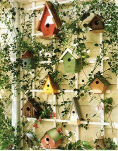 My next project. Garden Yard Ideas, Garden Crafts, Lawn And Garden, Garden Projects, Bird Houses Painted, Bird Houses Diy, Landscaping Around House, Bird House Feeder, Bird Feeders
