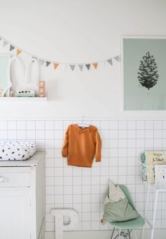 DIY lambrisering van behang | Wallpaper paneling DIY | KARWEI 1-2018