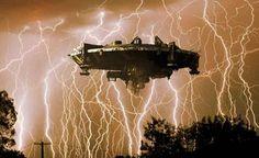 OVNIs: Invasão Secreta? UFO em Relâmpago Sobre a África do Sul !!