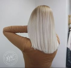 Ice blonde hair hjwstyles Source by RoandIvy Blonde Color, Hair Color, Grey Blonde, Copper Blonde, Neutral Blonde, Blonde Ombre, Hairstyles Haircuts, Cool Hairstyles, Pixie Haircuts