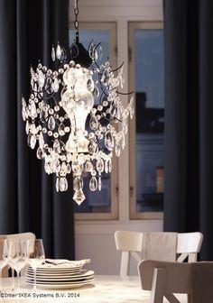 Cinele speciale merită o lumină potrivită. www.IKEA.ro/candelabru_ORTOFTA