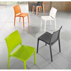 2 Sedie ZEN impilabili Bianca Antracite Arancio Verde http://www.furleostore.com/arredamento/sedie/2-sedie-zen-impilabili-bianca-antracite-arancio-verde