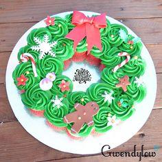 Coronas Navideñas de mini cupcakes - Receta - Ñam, Ñam!!! Corona Cupcakes, Christmas Cupcakes, Cupcake Cakes, Birthday Cake, Sugar, Mini, Holiday, Desserts, Food
