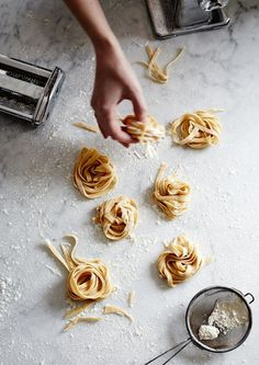 Mowie Kay is a London food photographer specialising in commercial and editorial food photography. Tortellini, Food Photography Styling, Food Styling, Photography Composition, Art Photography, London Food, Fresh Pasta, Homemade Pasta, Food Design