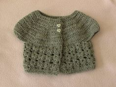 EASY crochet baby cardigan tutorial - how to crochet a baby cadigan / sweater / jumper / jacket