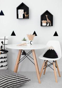 dänisches Design Möbel und Accessoires in Schwarz-Weiß