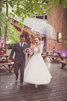 Justin Alexander wedding dress // Alnwick Treehouse wedding // Katy Melling Photography