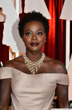 Necklaces Made A Statement On The 2015 Oscars Red Carpet #statementnecklace