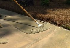 How to Resurface a Concrete Driveway - Squeegee Application Repair Concrete Driveway, Stained Concrete Driveway, Diy Driveway, Concrete Porch, Concrete Driveways, Concrete Floors, Driveway Ideas, Walkways, Concrete Lamp