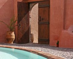Cool details and color contrasts plus a perfect pool in Santorini.