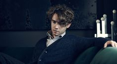 Jamie Blackley, gorgeous. Love his hair too.