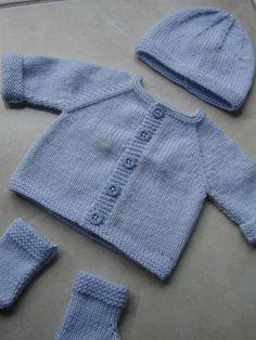 New baby crochet cardigan pattern yarns 17 Ideas Baby Cardigan Knitting Pattern Free, Baby Boy Knitting Patterns, Baby Sweater Patterns, Baby Hats Knitting, Baby Patterns, Baby Boy Cardigan, Knitted Baby Cardigan, Knitted Baby Clothes, Baby Boy Crochet Blanket