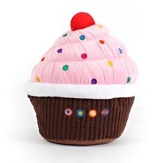 Cupcake Pillow from Dylan's Candy Bar. Betsey has the lollipop and the donut pillows now she needs this one! Food Pillows, Cute Pillows, Candy Pillows, Diy Pillows, Custom Cupcakes, Love Cupcakes, Christmas Gift Guide, Christmas Candy, Chocolate Dipped Cupcakes