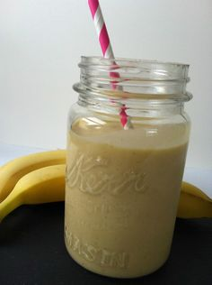 Breakfast Oatmeal Smoothie: start your day with a nutritious smoothie // A Cedar Spoon