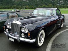 Rolls Royce – One Stop Classic Car News & Tips Rolls Royce Black, Rolls Royce Silver Cloud, Vintage Cars, Antique Cars, Vintage Rolls Royce, Bentley Rolls Royce, Automobile, Bentley Car, Best Classic Cars