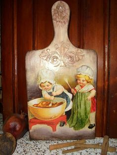 Decor Crafts, Diy And Crafts, Decoupage Wood, Ideas Prácticas, Cutting Boards, Christmas Angels, Mixed Media Art, Painting On Wood, Art Boards