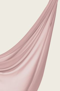 The fabric that started it all. Our signature chiffon is light, crisp and easy to care for, giving you a sleek, polished look every time. Pink Fashion, Hijab Fashion, New Fashion, Fashion Outfits, Chicago Fashion, Chiffon Shawl, Chiffon Fabric, Fabric Photography, Chanel Beauty