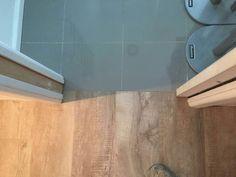 Marmoleum to tile threshold Grey Oak, Four Square, Tile Floor, Door Handles, Flooring, Home Decor, Door Knobs, Decoration Home, Room Decor