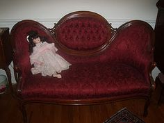 antique Victorian settee from early Victorian Homes, Victorian Era, Victorian Love Seats, Settee, Quilting Designs, Vintage Items, Times, Quilts, Living Room