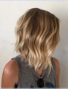 Layered Bob Frisuren Ideen mit Honig Blonde Balayage Haarfarbe #nomasincoloro