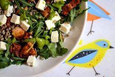 Sałatka z kurczakiem, pesto, rukolą i suszonymi pomidorami – Eat Me Fit Me! :) Feta, Seaweed Salad, Salads, Tacos, Dinner Recipes, Food And Drink, Lunch, Chicken, Ethnic Recipes