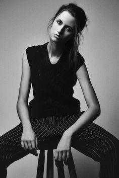 Shooting by Ronald Luv   Beauty:Téo Miranda   Stylist:Ana Parisi