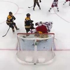 Hockey in his beauty, Boston Bruins Hockey, Pittsburgh Penguins Hockey, Chicago Blackhawks, Hockey Goalie, Ice Hockey, Funny Hockey Memes, Hockey Quotes, Hockey Girlfriend, Hockey Boards