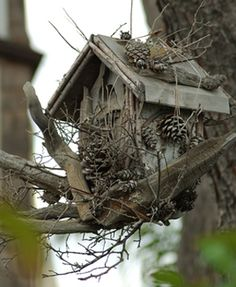 rustic birdhouse ideas   Rustic Birdhouses harmonize with their natural environment blending in ...