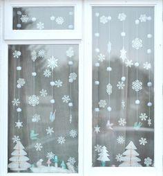 Winter Wonderland Christmas Window - snowflakes and pom pom snowballs - 2015 White Christmas, Noel Christmas, All Things Christmas, Christmas Crafts, Crochet Christmas, Christmas Christmas, Christmas Windows, Christmas Ideas, Scandinavian Christmas