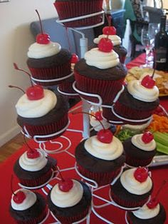 Red bridal shower cupcakes