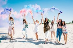 From the best wineries to the coolest spots to kick it with your gal pals, we've rounded up the best bachelorette party destinations for every type of theme! Best Friend Poses, Best Friend Pictures, Best Friends, Bachelorette Party Hashtags, Destination Bachelorette Party, Bachelorette Party Pictures, Shooting Photo Amis, Rite De Passage, Party Photos
