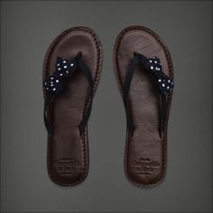Bow flip flop- Abercrombie and Fitch