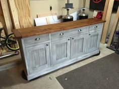 diy gray with wood top Planked Wood Sideboard so beautiful!  love the distressed gray chalk paint.  plans by ana-white.com
