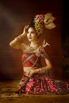 Traditional Thai Clothing, Traditional Dresses, Culture Clothing, Thai Dress, Vintage Gypsy, Thai Style, Folk Costume, Dream Dress, Sanskrit