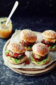 Sliders with braised leeks, pineapple chutney and cherry BBQ sauce