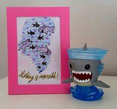 illustration encadrée inspirée de sharknado par BunnyHeartsYou #shark #art #sharknado #etsy #illustration #drawing #painting #ocean #tornado #heart #love #quotes #sea #fish #fishes #animal #nature #diy #pink #craft