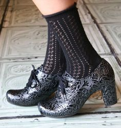 MISONA :: SHOES :: CHIE MIHARA SHOP ONLINE           My new obsession!!!  Check the embossed fillagree design. STUNNER!!!!