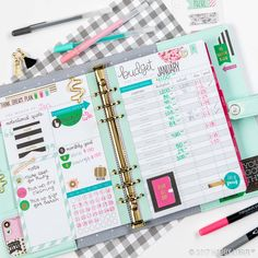 Whether you're planning to exercise more, stick to a budget, or just planning out your day-to-day, Agenda 52 planners & accessories will help you keep your New Year's resolution! Agenda Planner, Planner Layout, Life Planner, Planner Ideas, Create 365 Happy Planner, Happy Planner Cover, Planner Decorating, Planner Organization, Scrapbook Paper Crafts