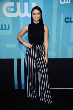 35 Hot Pictures of Camila Mendes From Riverdale New Riverdale, Riverdale Cheryl, Classy Outfits, Trendy Outfits, Fashion Outfits, Work Outfits, Camila Mendes Style, Veronica Lodge Fashion, Camila Mendes Veronica Lodge