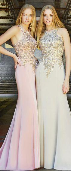 Fantastic Acetate Satin Halter Neckline Mermaid Evening Dresses With Beaded Lace Appliques